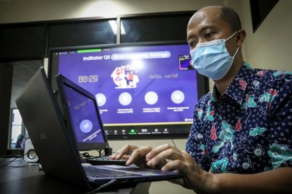MAKSIMALKAN TRACER STUDY, STAF CDC DILATIH SEBAGAI ENUMERATOR